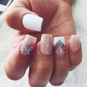 Square manicure nails