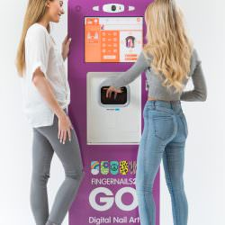 kiosk-image-with-people