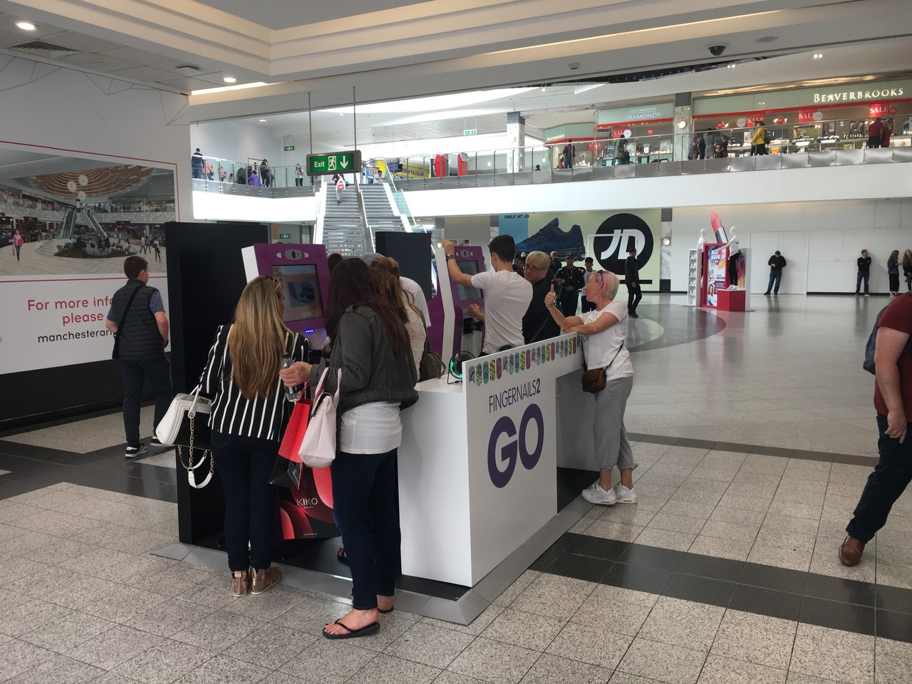 Fingernails2Go, with a new stand at Manchester Arndale